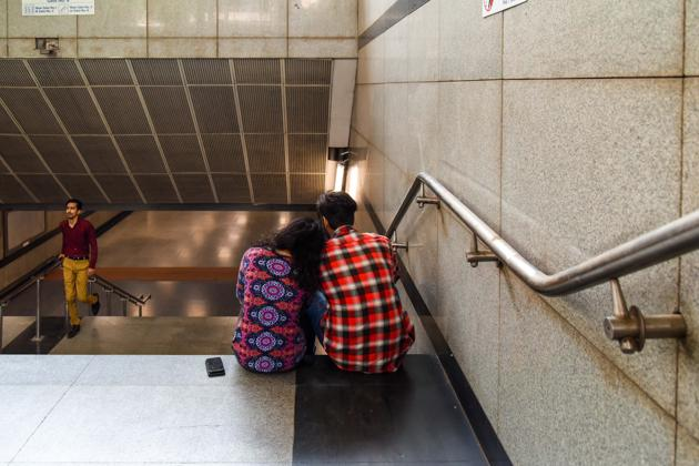 Couples are often spotted spending time together intimately at various Metro Stations in the Capital. (Picture for representational purpose only)(Photo: Sarang Gupta/HT)