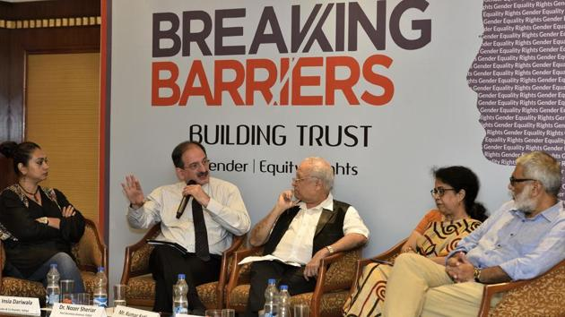(From left) Insia Dariwala, Dr Nozer Sheriar, Kumar Ketkar, Dr Shubhangi Parkar and Sidharth Bhatia participate in 'Breaking Barriers, Building Trust' panel discussion, at Parel on Friday.(Anshuman Poyrekar/HT Photo)