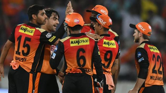 Get full cricket score of Sunrisers Hyderabad vs Delhi Daredevils, IPL 2018 here. SRH defeated DD by seven wickets in the Indian Premier League (IPL) at the Rajiv Gandhi International Stadium in Hyderabad on Saturday.(AFP)
