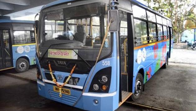 While tenders for the 550 new e-buses is likely to be floated in 10 days, opposition parties in Pune Municipal Corporation have demanded a trial run for 90 days.(HT File Photo)