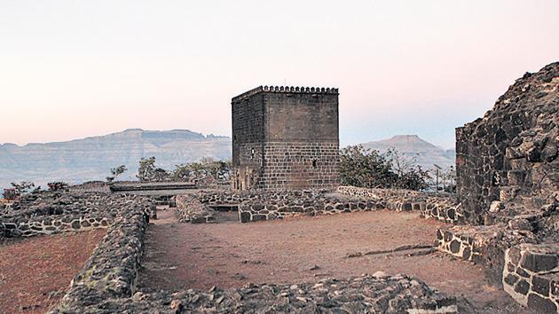 Shivneri Fort, the birthplace of Maratha king Chhatrapati Shivaji Maharaj.(HT FILE PHOTO)