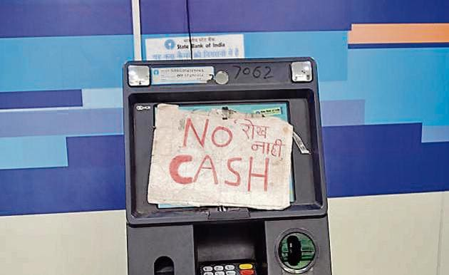 While some of the ATMs had cash crunch, some had limited cash denominations to offer.(RAVINDRA JOSHI/ HT PHOTO)