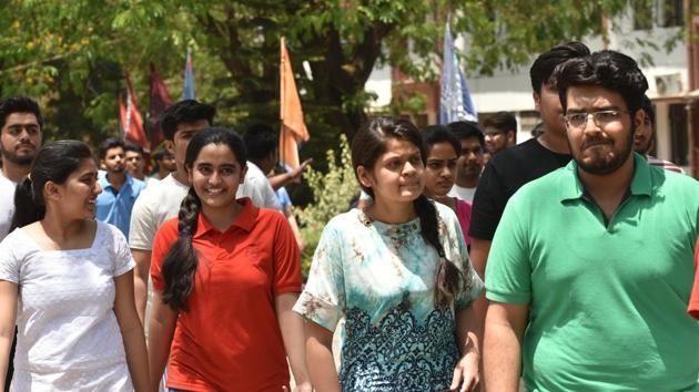 Students exit the Kendriya Vidyalaya exam centre in Bhopal after taking NEET 2018 on Sunday, May 6.(Mujeeb Faruqui/HT Photo)
