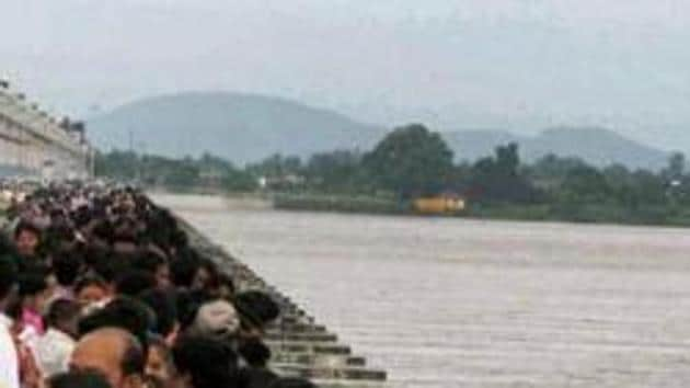 The NGT asked Chhattisgarh why no criminal case should be lodged against it for violating its order on construction on Mahanadi.(File Photo)