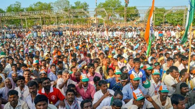 A rally in Karnataka ahead of assembly elections. Over the years, a widely-held belief has taken root among India's election analysts that an increase in voter turnout is inherently bad news for incumbents.(PTI File Photo)