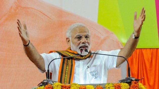 Prime Minister Narendra Modi addressing an election campaign rally in Mangaluru on May 5.(PTI Photo)