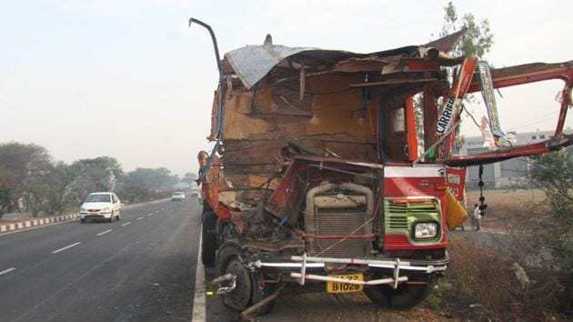 The tribunal came to the conclusion that it was proved beyond reasonable doubt that Rajashree died as a result of negligent driving and that reliance insurance could not prove that their insurance policy terms were breached. (HT representational photo)