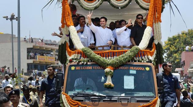 Congress president Rahul Gandhi at a road show at Gauribidanur in Chikkaballapur, Karnataka.(PTI Photo)