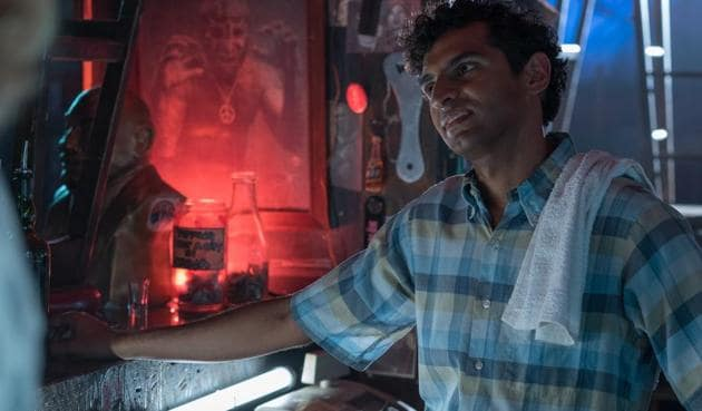 Actor Karan Soni reprises his role of Dopinder in the second Deadpool movie.