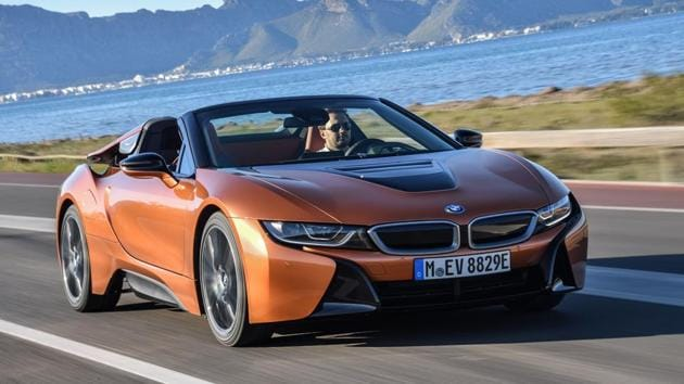 The BMW i8 Roadster i8 is a car that allows you to enjoy open-top motoring, as well as clean, green sports car fun, all rolled into one stunning multi-layered, multi-surfaced mid-engine sportscar.