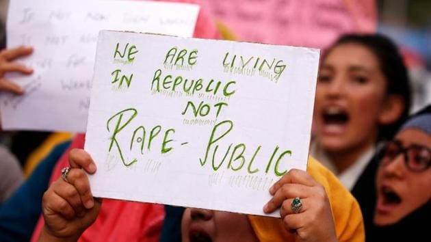 Students shout slogans during a protest against the rape and murder of an eight-year-old girl in Kathua near Jammu.(Reuters File Photo)