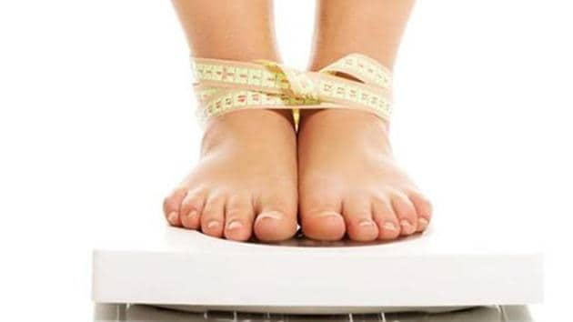 Watch out for weight gain or if you are not losing weight despite exercising regularly or following a strict diet plan.(Shutterstork)