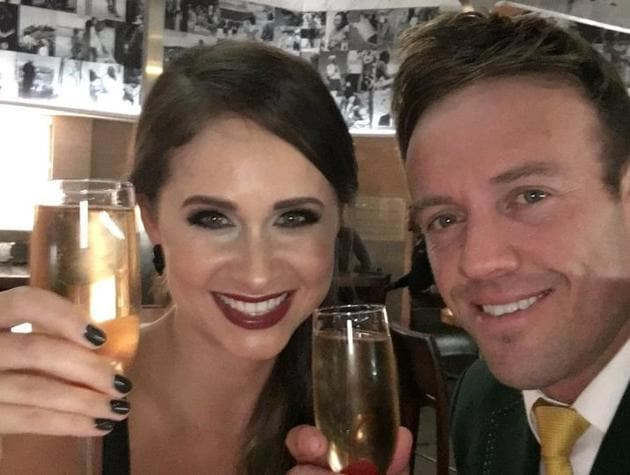 AB de Villiers (R) and wife Danielle de Villiers have now been married for five years.(Twitter/AB de Villiers)