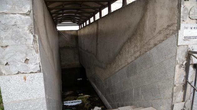 The underpasses at Kharghar on Sion-Panvel highway in Navi Mumbai.(Bachchan Kumar/ Hindustan Times)