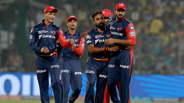 Amit Mishra celebrates with teammates the wicket of Shane Watson during match fifty two of the 2018 Indian Premier League (IPL) 2018 between Delhi Daredevils and Chennai Super Kings at the Feroz Shah Kotla Ground. Follow highlights of Delhi Daredevils vs Chennai Super Kings, IPL 2018 match here(BCCI)