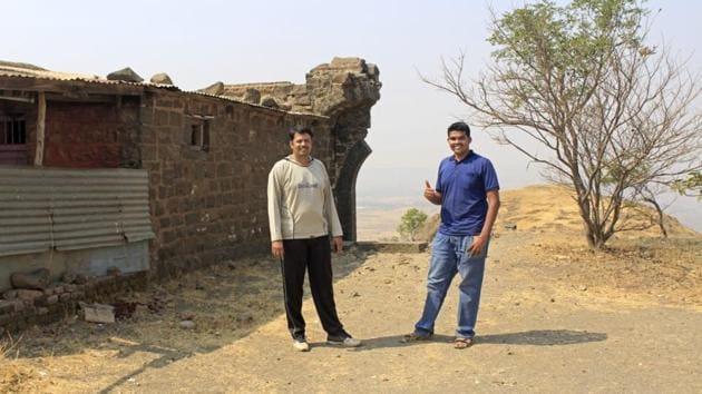Sachin Joshi(left) and Onkar Oak at Dhawalgad fort.(HT PHOTO)