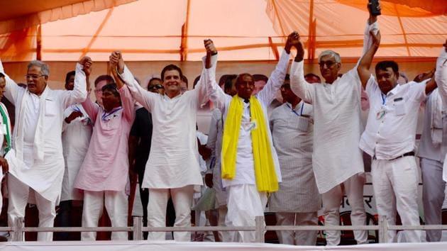 Congress president Rahul Gandhi at a rally at Pendra in Bilaspur, Chhattisgarh on May 17.(HT Photo)