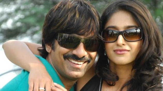Ravi Teja and Ileana D'Cruz might be working together in Amar Akbar Anthony.