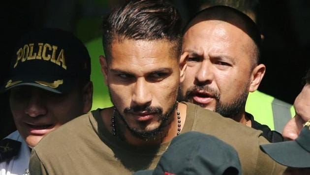 Paolo Guerrero met in Zurich with FIFA President Gianni Infantino to talk about his one-year ban.(REUTERS)