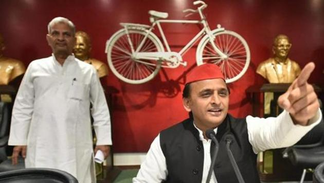 The total income of 32 regional political parties in 2016-17 was Rs 321.03 crore, with the Samajwadi Party showing the highest amount of Rs 82.76 crore.(PTI File Photo)