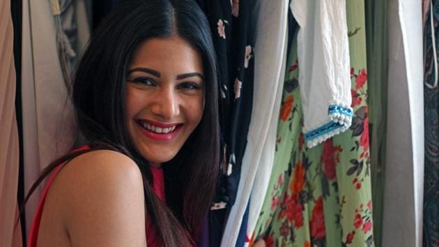 Amyra Dastur will also be seen alongside Ali Fazal and Sanjay Dutt in Prasthanam remake.(HT Photo)