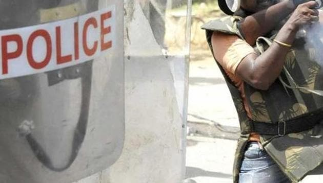 Police in Telangana and Andhra Pradesh are on high alert after vigilantes lynched at least four people in different parts of the two states following rumours on social media about child trafficking.(File Photo/For Representation)