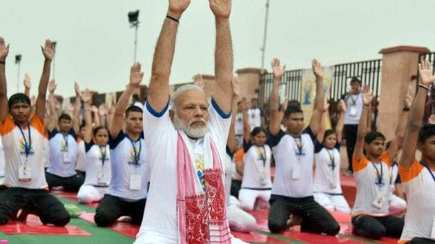 Prime Minister Narendra Modi performing yoga on 3rd International Yoga Day in Lucknow on June 21, 2017. The PM accepted the 'fitness challenge' from cricketer Virat Kohli prompting opposition parities to challenge him on other issues.(PTI File Photo)