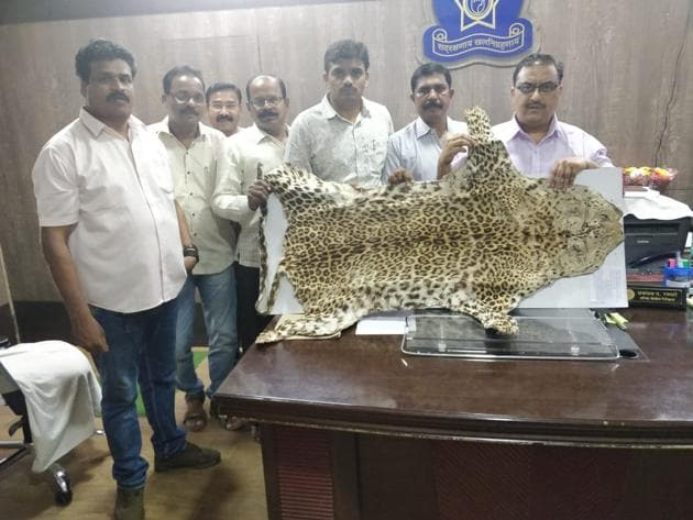 Thane crime branch's unit 5 arrested the duo and seized the leopard skin after receiving a tip-off.(Praful Gangurde)