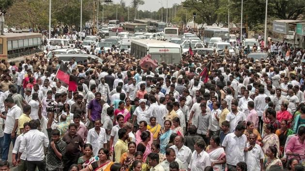 Members of DMK and other opposition parties clash with police during a protest outside the State Assembly in Chennai to express solidarity with the people of Tuticorin demanding the closure of Sterlite Copper Smelting Plant.(PTI Photo)