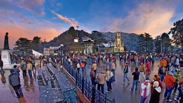 The Himachal Pradesh government and national helicopter carrier Pawan Hans have deputed a 20-seater chopper to ferry passengers to promote hill tourism.(HT File)