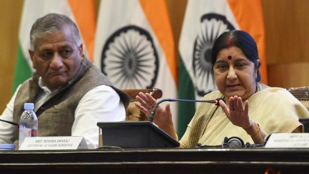 External Affairs Minister Sushma Swaraj addresses an annual press conference on completion of four years of the BJP-led NDA government as her deputy V K Singh (left) looks on at Jawahar Bhawan, Janpath in New Delhi, on May 28, 2018.(Mohd Zakir/HT PHOTO)