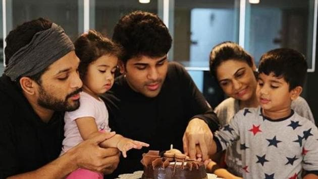Allu Sirish celebrated his birthday with his brother Allu Arjun's family.(Alluarjunonline/Instagram)