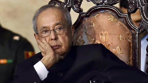 Former president Pranab Mukherjee has accepted an invite to attend an RSS function, ehich has snowballed into a controversy.(PTI file photo)