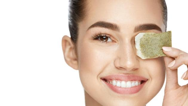Matcha is loaded with 60% catechin, which is a powerful antioxidant and can be a great anti-pollution mask.(Shutterstock)
