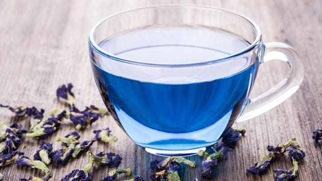 Antioxidants in the tea help lower risk of infection, which diabetics are prone to, and it is also great for your heart health.(Shutterstock)