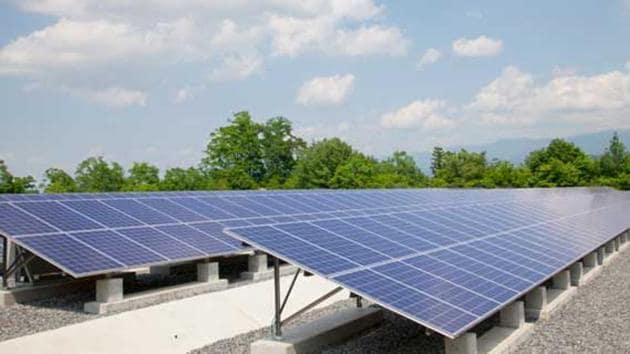 Uttar Pradesh has a solar energy potential of 22300 MW which the Yogi government has decided to harness to meet the target of 10700 MW by 2022.(HT Photo)