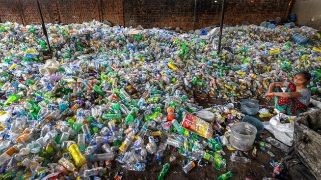 The theme for the World Environment Day 2018 is 'Beat Plastic Pollution'. Countries are being pushed to reduce the production and excessive use of single-use plastic polluting our oceans, damaging marine life and threatening human health.(PTI file photo)
