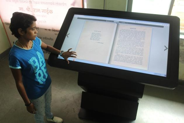 People can access around 1,500 audio books and more than 1,730 books from 20 subjects ranging from history, biographies, geology, poetry and many more genres.(Praful Gangurde/HT)