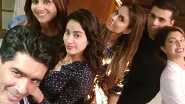 Manish Malhotra enjoyed his Sunday with Shilpa Shetty, Janhvi Kapoor, Natasha Poonawala, Karan Johar and Jacqueline Fernandez.(Instagram)
