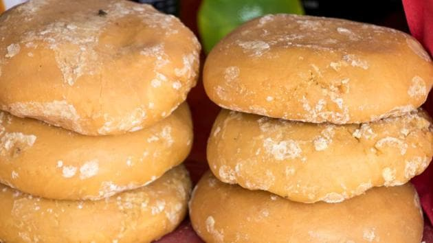 Benefits of jaggery: Are you replacing sugar with jaggery? You need to read this.(Shutterstock)
