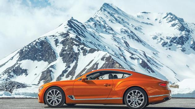 The basic look of the Continental GT is the same as that of the last two gens of the iconic car: Big bonnet, tight cabin and flowing tail – but the stance is more graceful.