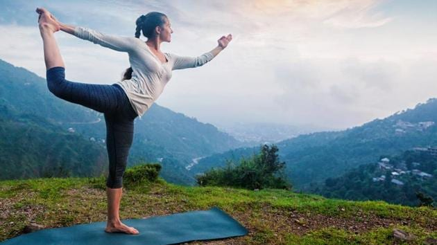 Regular yoga practice, pranayama, and meditation can help to reverse the signs of ageing.(Shutterstock)