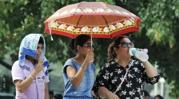 Temperatures are set to rise in next few days.(HT File)