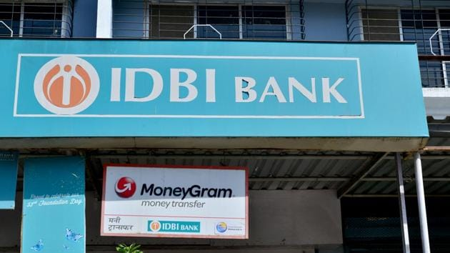 The government has been trying since at least two years to sell IDBI Bank, which has the highest bad-loan ratio among state-run lenders in India.(Aniruddha Chowdhury/Mint)