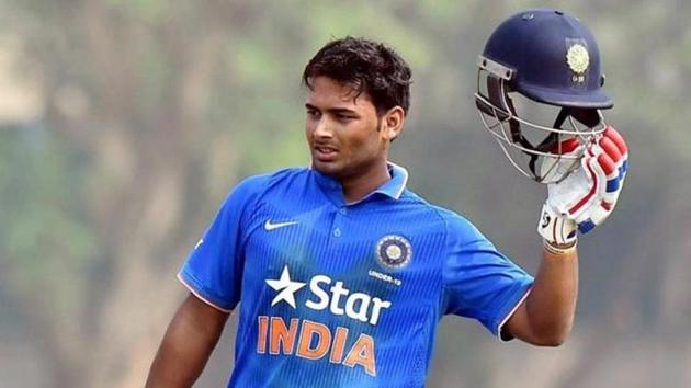 A thoroughly professional England A cruised to a seven wicket victory in the opening encounter vs India A. Rishabh Pant top scored for India A with 64.(HT Photo)