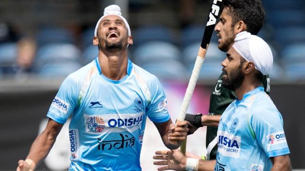 Indian hockey team beat Pakistan 4-0 in the Champions Trophy opener in Breda on Saturday.(Frank Uijlenbroek)