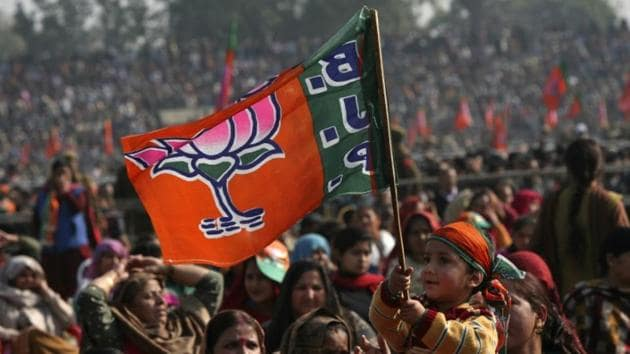 Rajasthan MLA Ghanshyam Tiwari accused the BJP and Congress of being hand-in-gloves in corruption.(REUTERS FILE PHOTO)