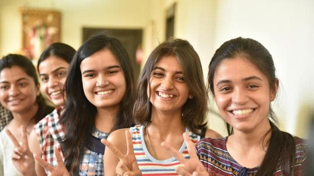 BSEB matric result was declared on Tuesday for more than 17 lakh students who appeared in the examinations held between February 21 and 28 this year. Here is how you can check your result easily.(Mujeeb Faruqui/HT file)