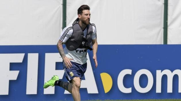 If Lionel Messi's Argentina lose to Nigeria, they will be out of FIFA World Cup 2018.(AFP)