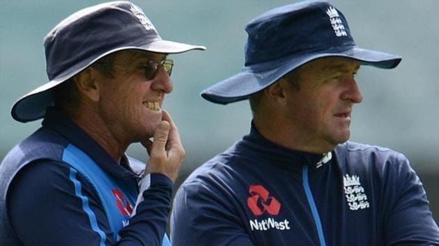 Trevor Bayliss (L) has even backed Paul Farbrace to succeed him as England cricket team's head coach when he stands down after next year's World Cup and Ashes.(Twitter)